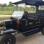 Bintan Canopi Antique Car