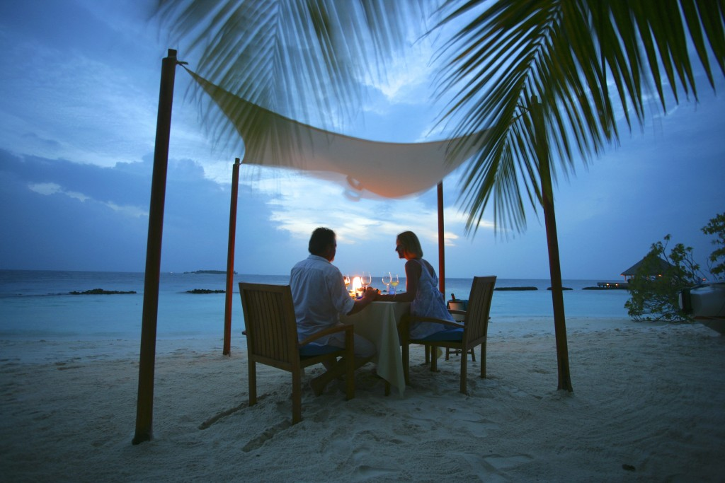 Maldives Coco Palm_Romantic Breeze