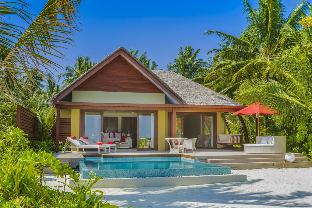 Maldives Niyama_One_Bedroom_Beach_Pool_Suite_Exterior blog
