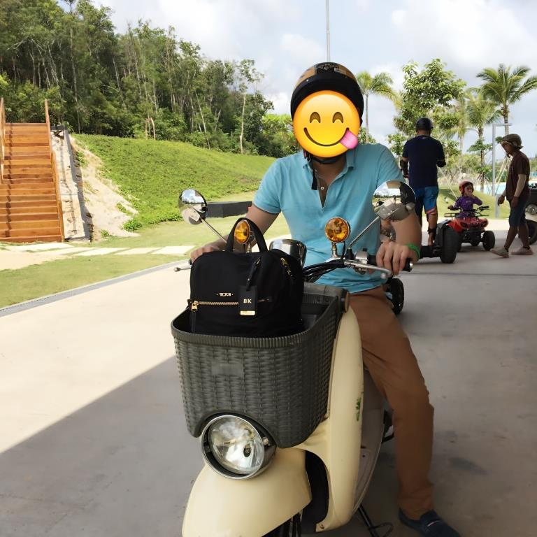 Bintan Canopi Electric Scooter