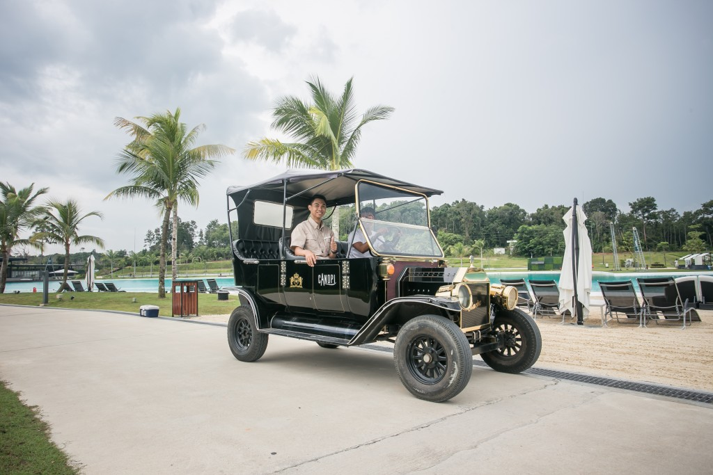 Bintan Canopi Model T Classic Car Ride